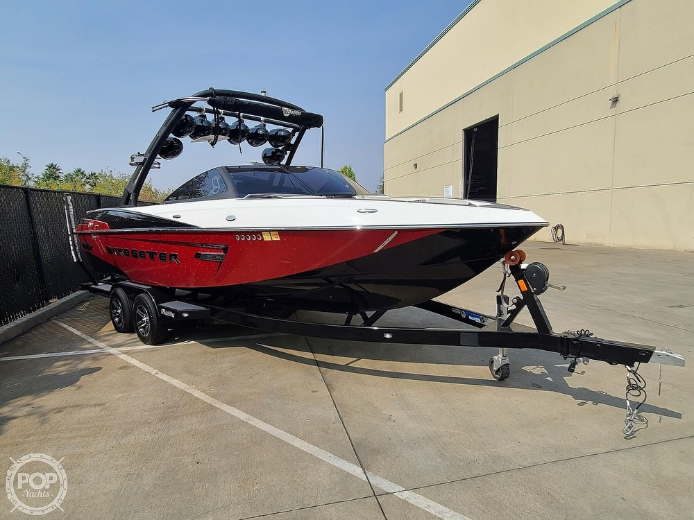 2015 Malibu boat for sale, model of the boat is Wakesetter 23 LSV & Image # 7 of 40
