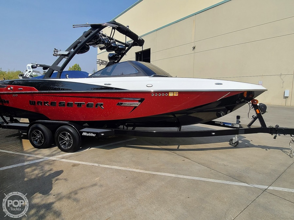 2015 Malibu boat for sale, model of the boat is Wakesetter 23 LSV & Image # 9 of 40