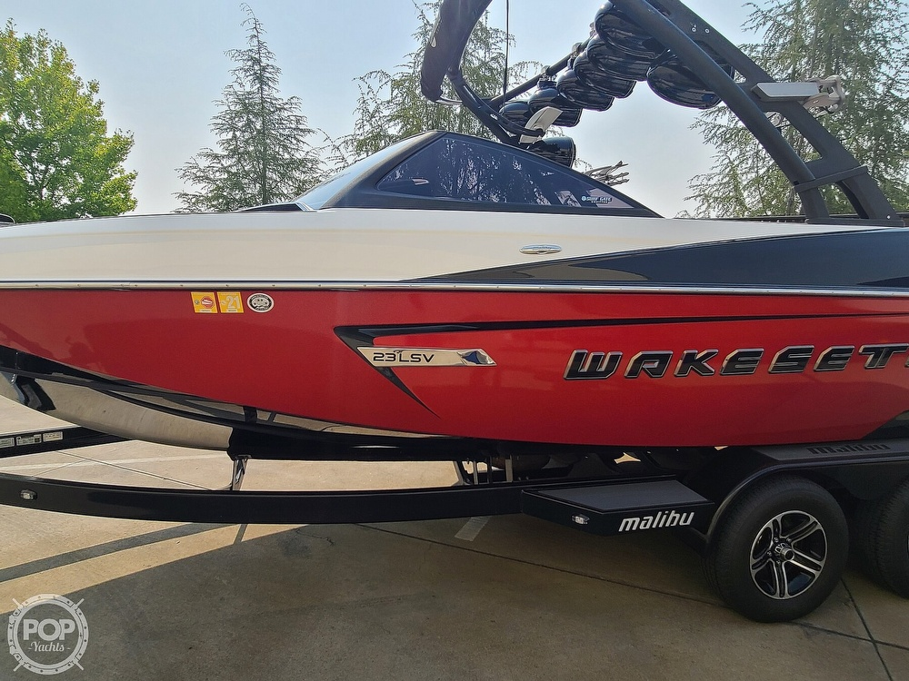 2015 Malibu boat for sale, model of the boat is Wakesetter 23 LSV & Image # 12 of 40