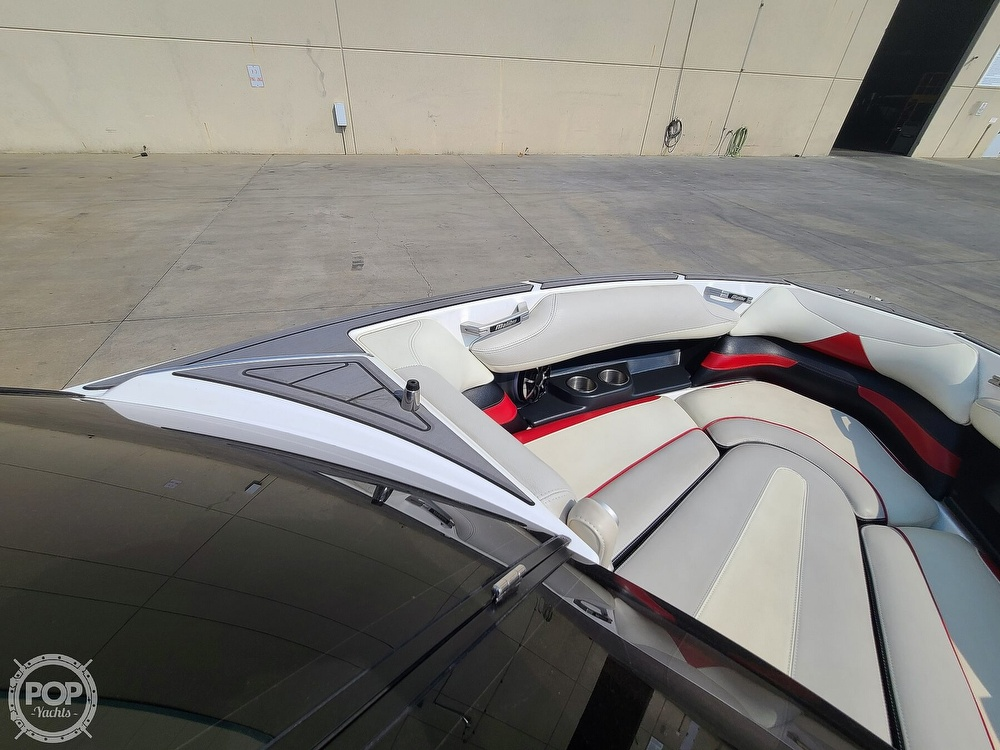 2015 Malibu boat for sale, model of the boat is Wakesetter 23 LSV & Image # 31 of 40