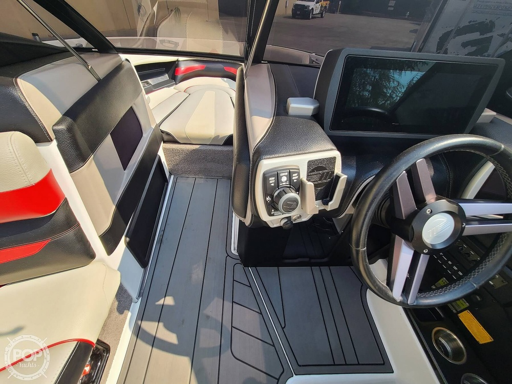 2015 Malibu boat for sale, model of the boat is Wakesetter 23 LSV & Image # 37 of 40