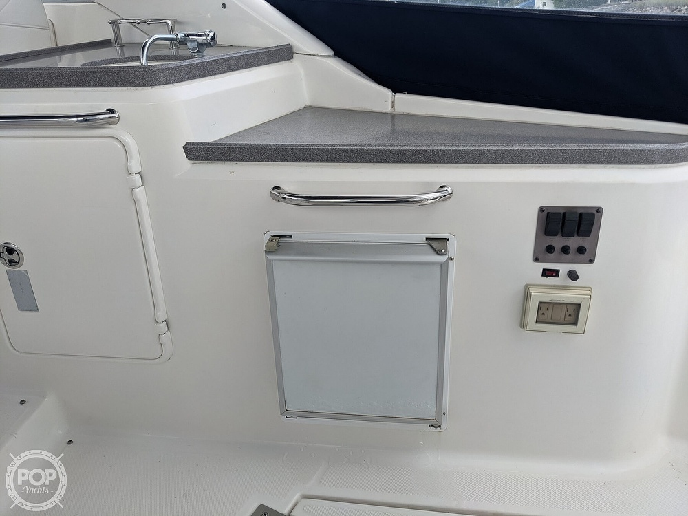 2008 Regal boat for sale, model of the boat is 3360 & Image # 35 of 40