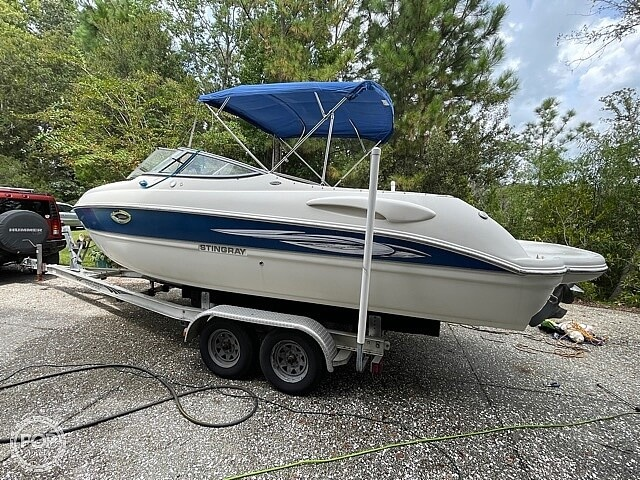 2008 Stingray boat for sale, model of the boat is 250 LR & Image # 8 of 40