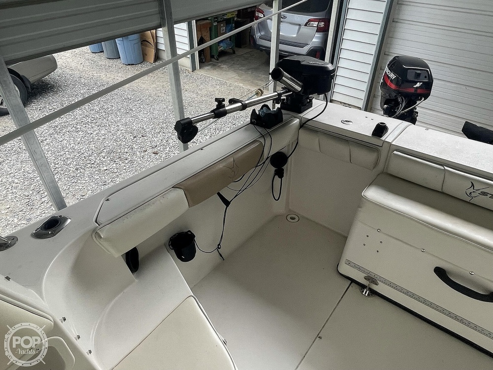 2003 Seaswirl boat for sale, model of the boat is Striper 2101 & Image # 19 of 40