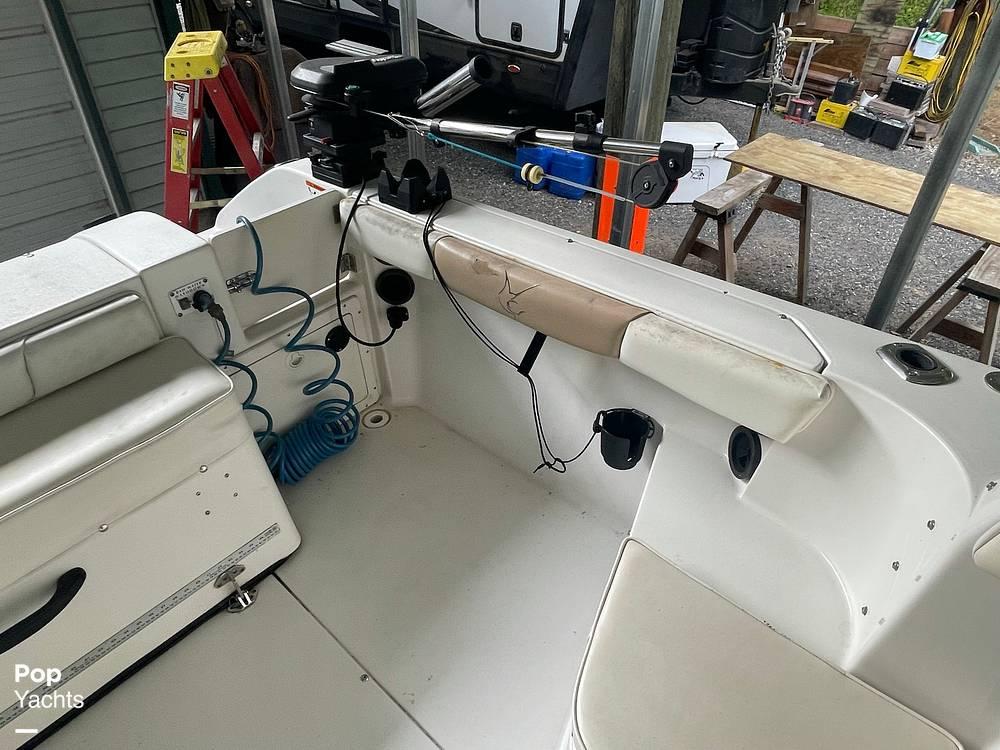 2003 Seaswirl boat for sale, model of the boat is Striper 2101 & Image # 20 of 40