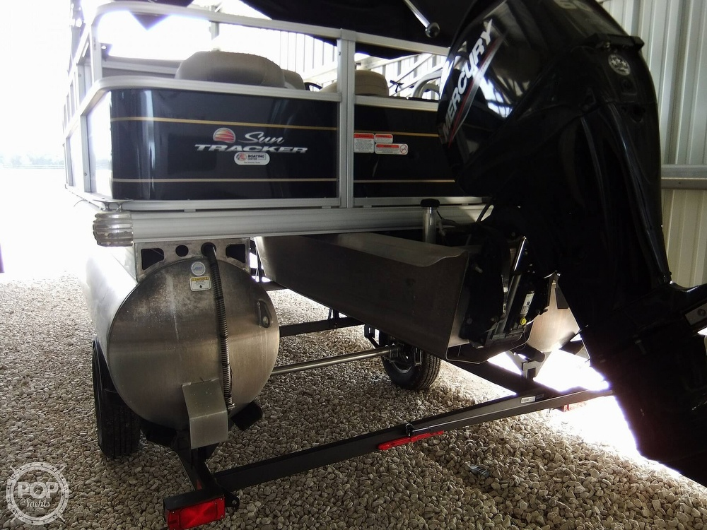 2020 Sun Tracker boat for sale, model of the boat is Bass Buggy DLX & Image # 7 of 40