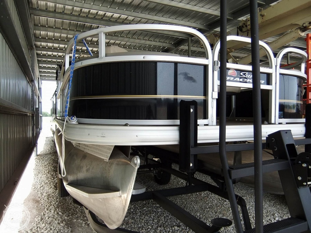 2020 Sun Tracker boat for sale, model of the boat is Bass Buggy DLX & Image # 15 of 40