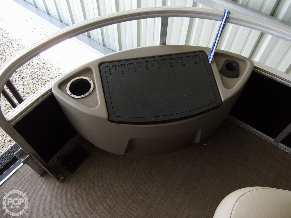 2020 Sun Tracker boat for sale, model of the boat is Bass Buggy DLX & Image # 23 of 40