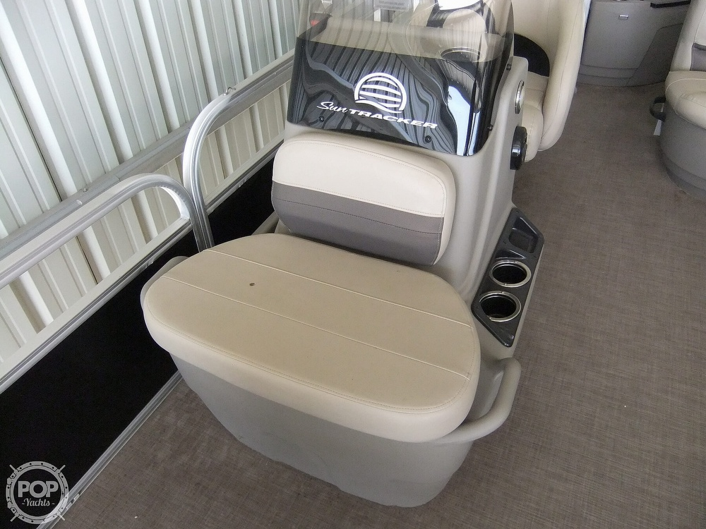 2020 Sun Tracker boat for sale, model of the boat is Bass Buggy DLX & Image # 24 of 40