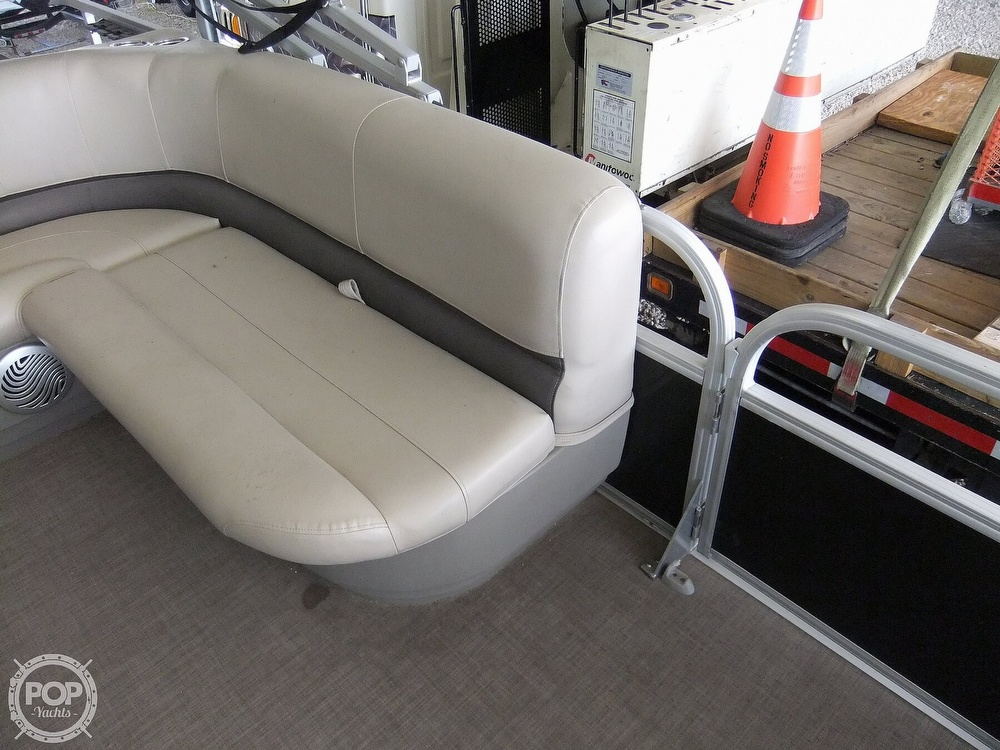 2020 Sun Tracker boat for sale, model of the boat is Bass Buggy DLX & Image # 25 of 40
