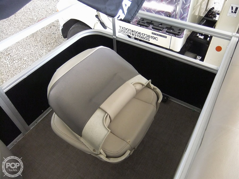 2020 Sun Tracker boat for sale, model of the boat is Bass Buggy DLX & Image # 34 of 40