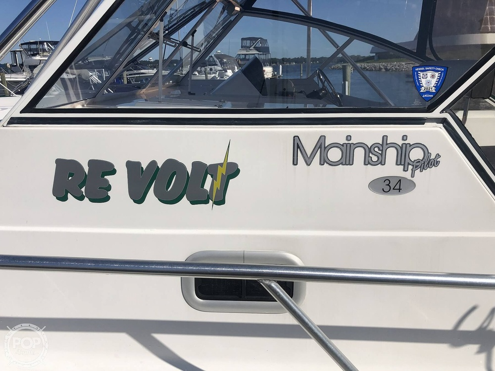 2001 Mainship boat for sale, model of the boat is 34 Pilot & Image # 6 of 40