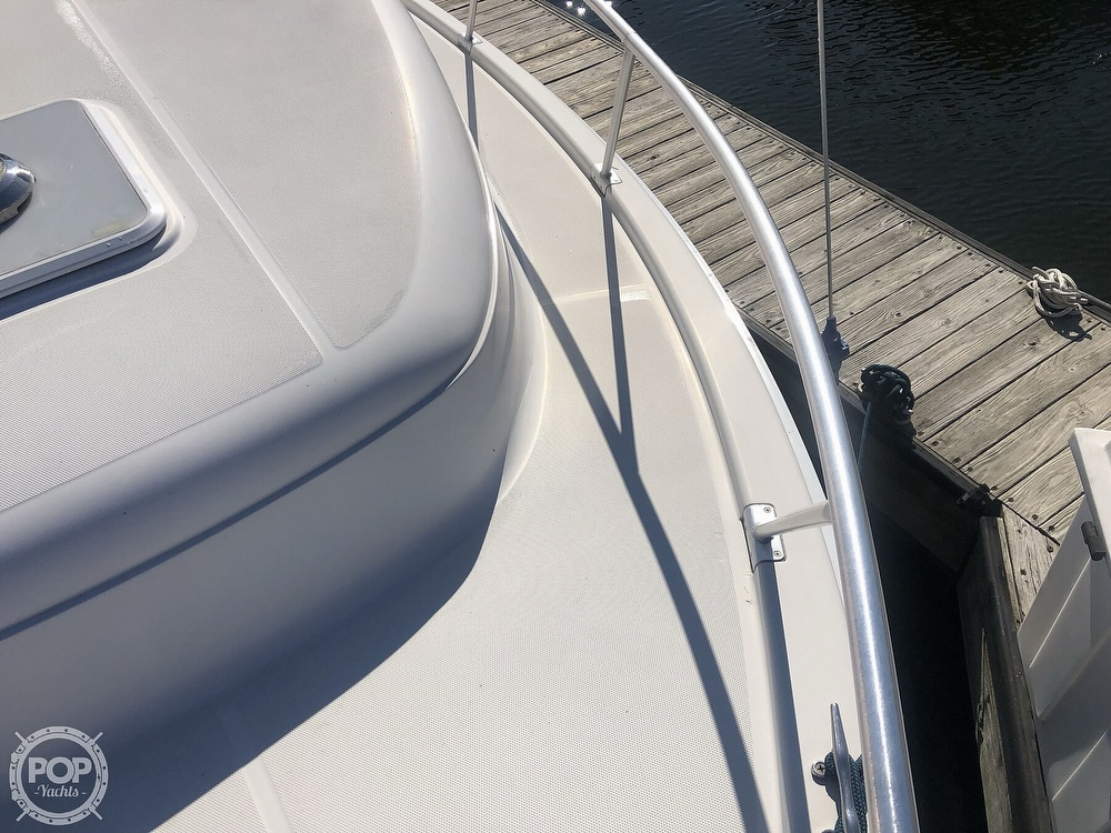 2001 Mainship boat for sale, model of the boat is 34 Pilot & Image # 19 of 40