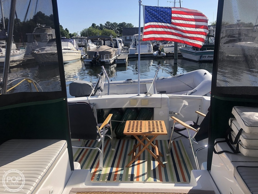 2001 Mainship boat for sale, model of the boat is 34 Pilot & Image # 21 of 40