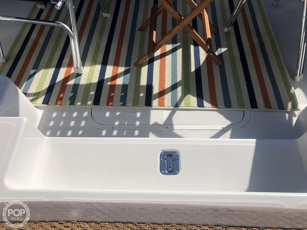 2001 Mainship boat for sale, model of the boat is 34 Pilot & Image # 24 of 40