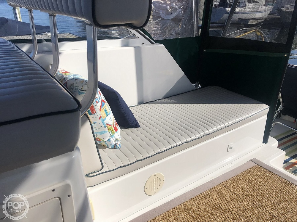 2001 Mainship boat for sale, model of the boat is 34 Pilot & Image # 39 of 40
