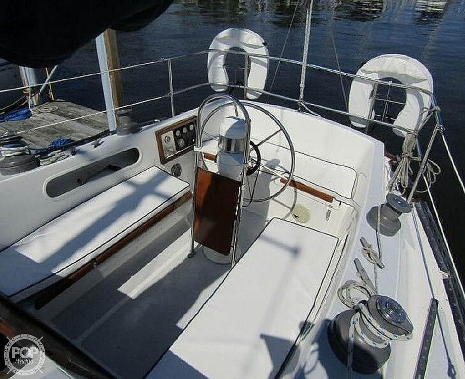 1977 Islander boat for sale, model of the boat is 36 & Image # 2 of 11