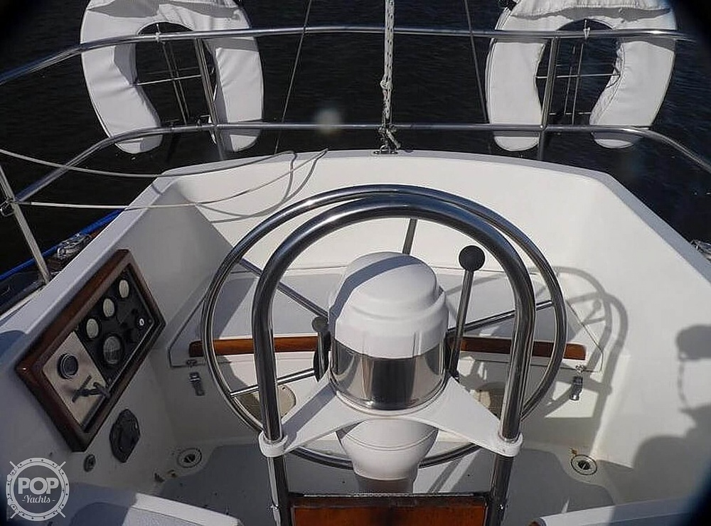 1977 Islander boat for sale, model of the boat is 36 & Image # 3 of 11