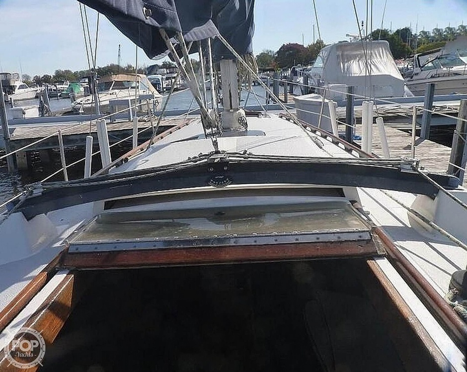 1977 Islander boat for sale, model of the boat is 36 & Image # 4 of 11