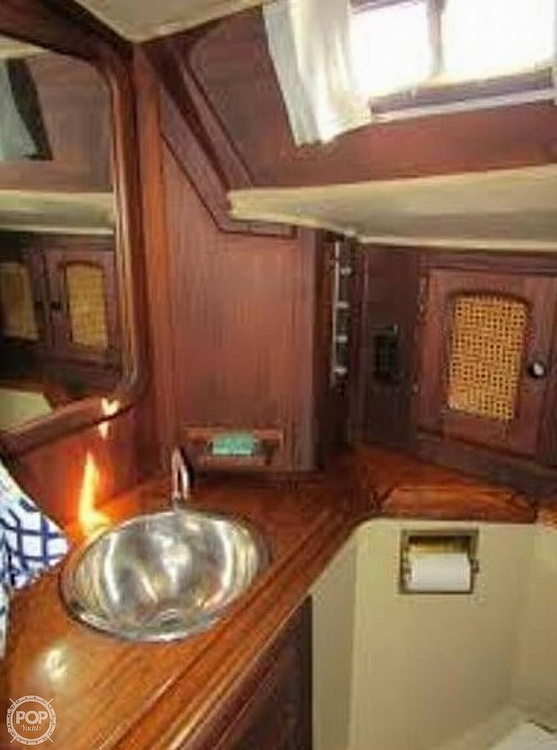 1977 Islander boat for sale, model of the boat is 36 & Image # 10 of 11