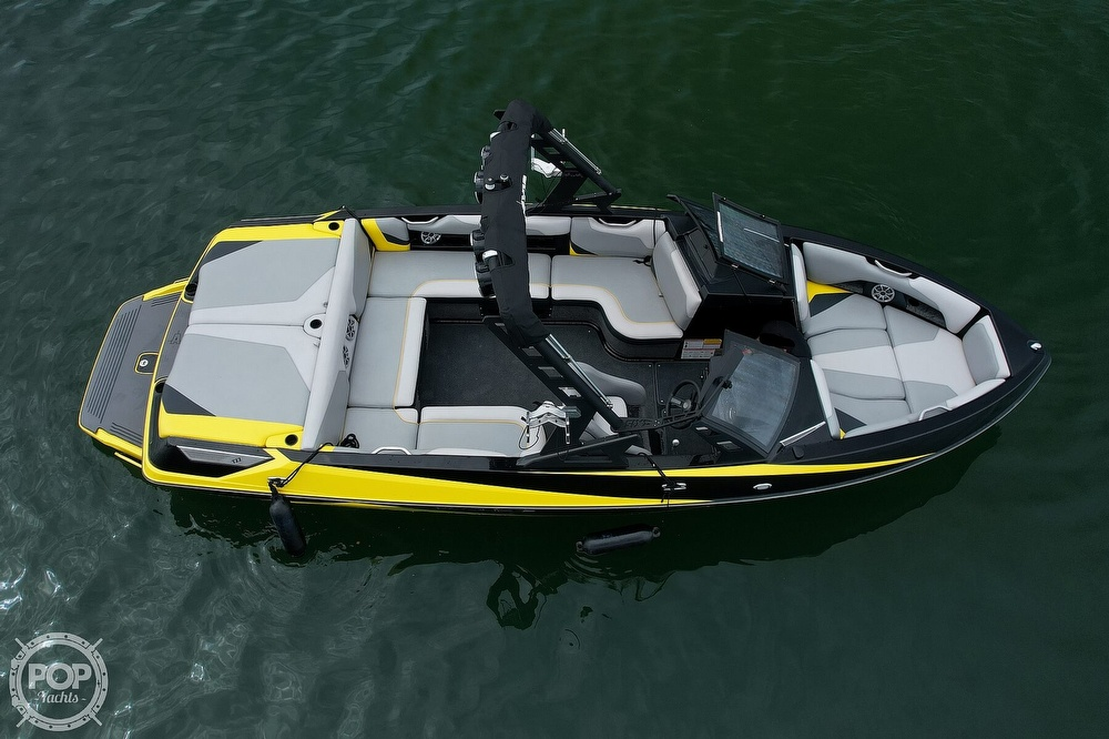 2016 Axis boat for sale, model of the boat is a22 & Image # 9 of 27