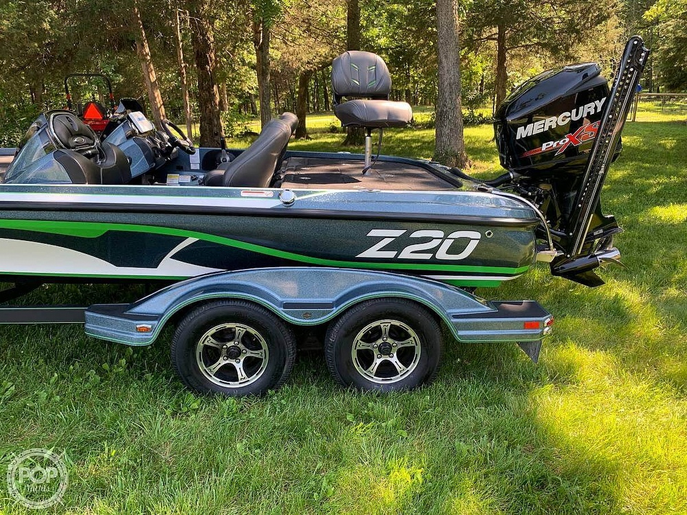 2017 Nitro boat for sale, model of the boat is Z20 DC & Image # 10 of 24