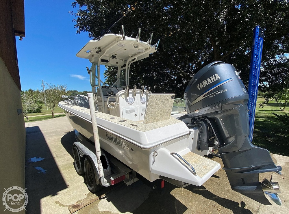 2007 Everglades boat for sale, model of the boat is 243cc & Image # 13 of 40
