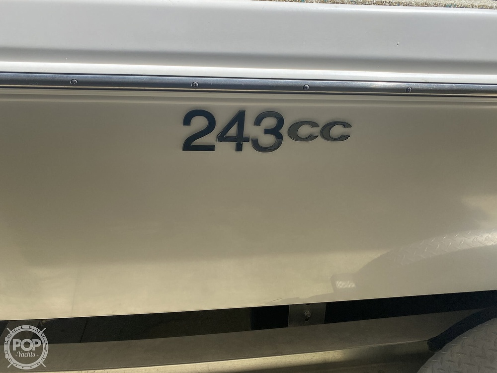 2007 Everglades boat for sale, model of the boat is 243cc & Image # 20 of 40