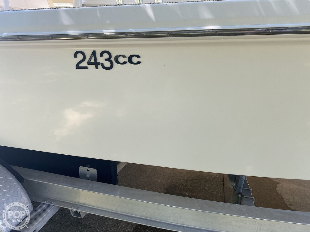 2007 Everglades boat for sale, model of the boat is 243cc & Image # 27 of 40