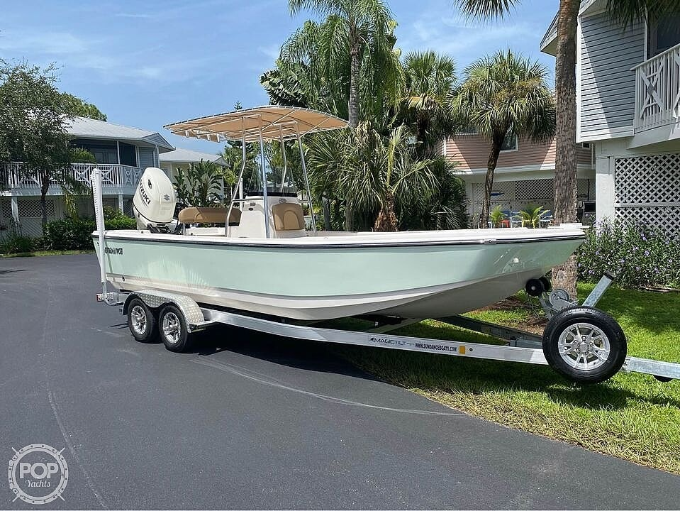 2021 Sundance boat for sale, model of the boat is DX22 & Image # 3 of 40