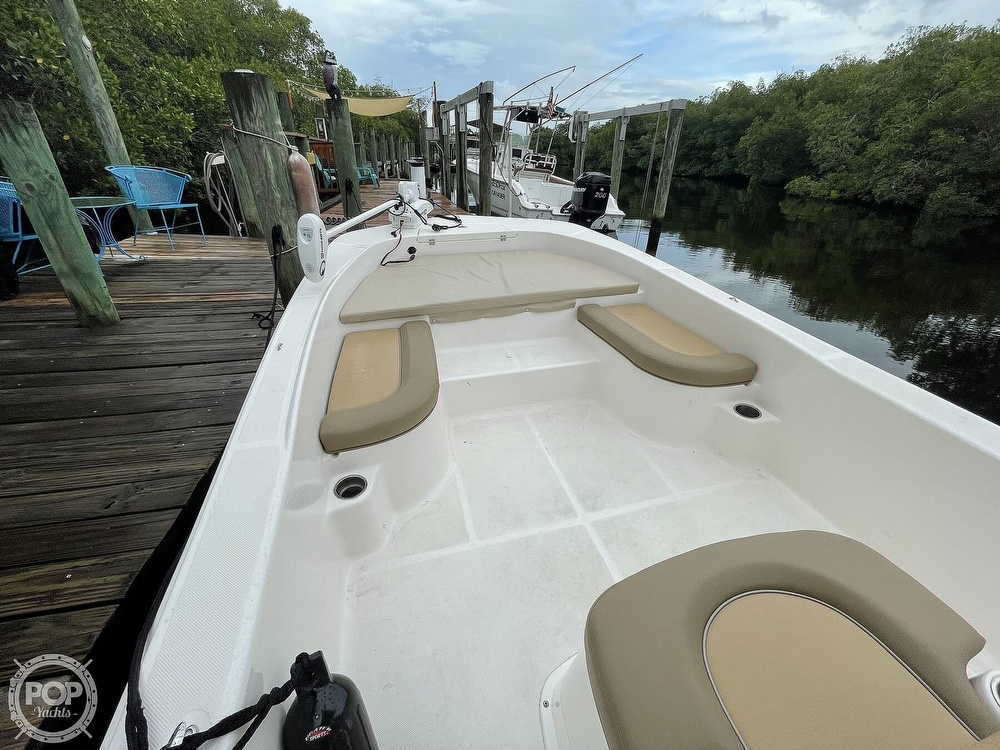 2021 Sundance boat for sale, model of the boat is DX22 & Image # 5 of 40