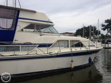 Chris-Craft 350 Double Cabin, 350, for sale - $18,250