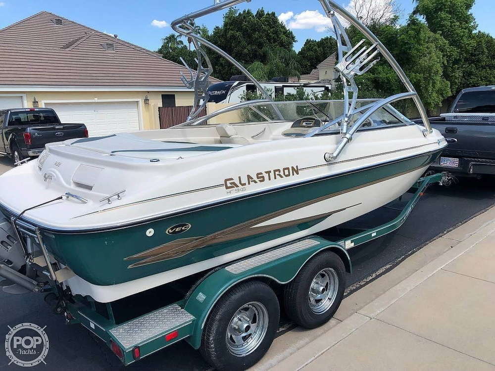 2002 Glastron boat for sale, model of the boat is Gx205 & Image # 10 of 40
