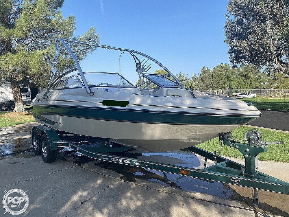 2002 Glastron boat for sale, model of the boat is Gx205 & Image # 5 of 40
