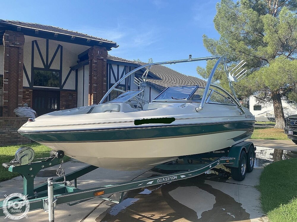 2002 Glastron boat for sale, model of the boat is Gx205 & Image # 6 of 40