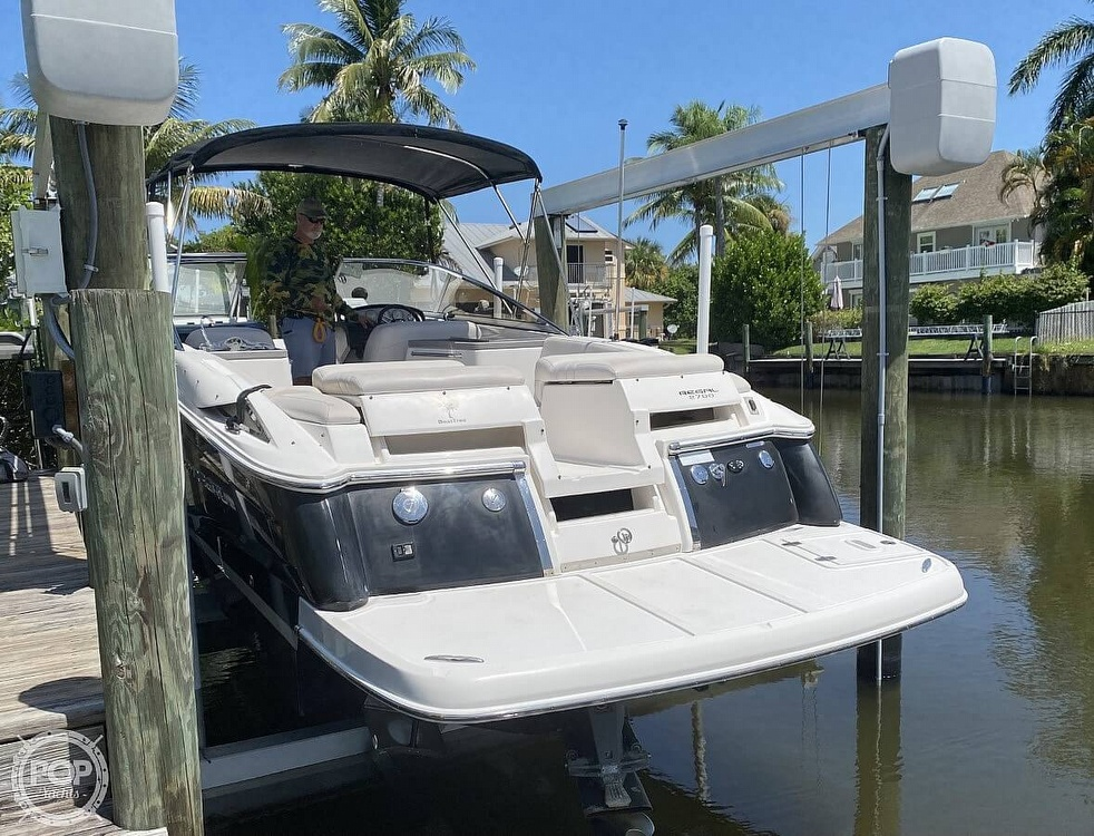 2008 Regal boat for sale, model of the boat is 2700 ES & Image # 13 of 40