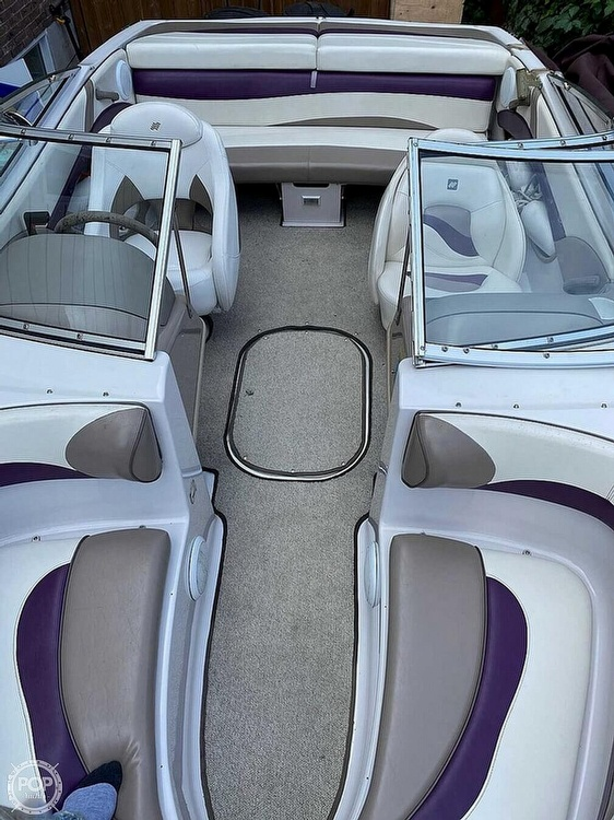 1997 Four Winns boat for sale, model of the boat is Horizon RS & Image # 4 of 8