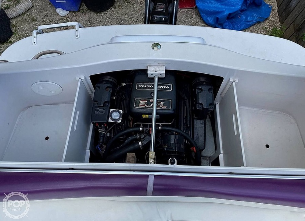 1997 Four Winns boat for sale, model of the boat is Horizon RS & Image # 5 of 8