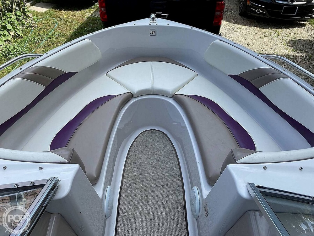 1997 Four Winns boat for sale, model of the boat is Horizon RS & Image # 6 of 8