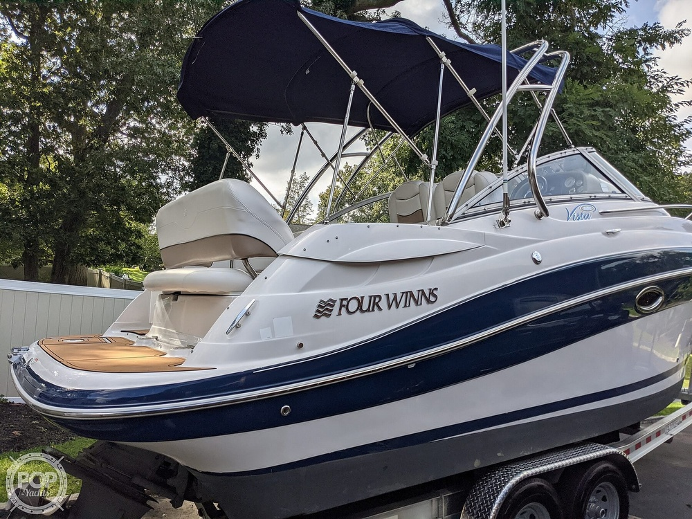 2007 Four Winns boat for sale, model of the boat is Vista 258 & Image # 14 of 40