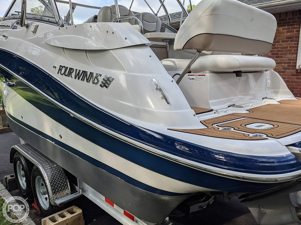 2007 Four Winns boat for sale, model of the boat is Vista 258 & Image # 23 of 40
