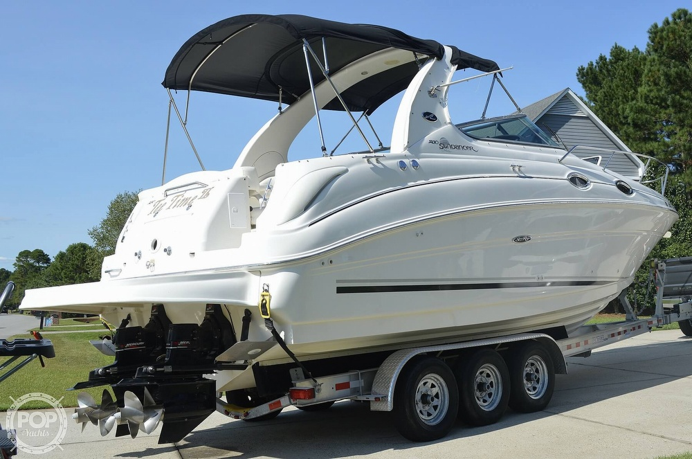 2004 Sea Ray boat for sale, model of the boat is Sundancer 280 & Image # 4 of 40
