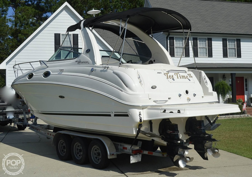 2004 Sea Ray boat for sale, model of the boat is Sundancer 280 & Image # 8 of 40