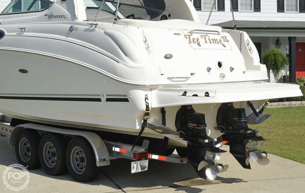 2004 Sea Ray boat for sale, model of the boat is Sundancer 280 & Image # 9 of 40