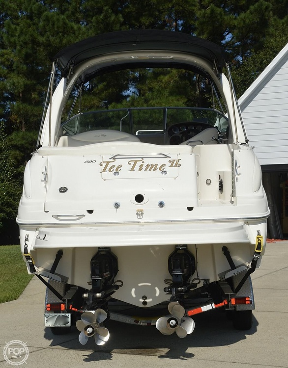 2004 Sea Ray boat for sale, model of the boat is Sundancer 280 & Image # 16 of 40