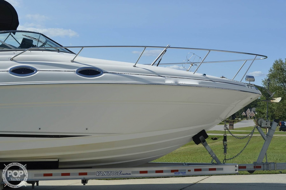 2004 Sea Ray boat for sale, model of the boat is Sundancer 280 & Image # 19 of 40