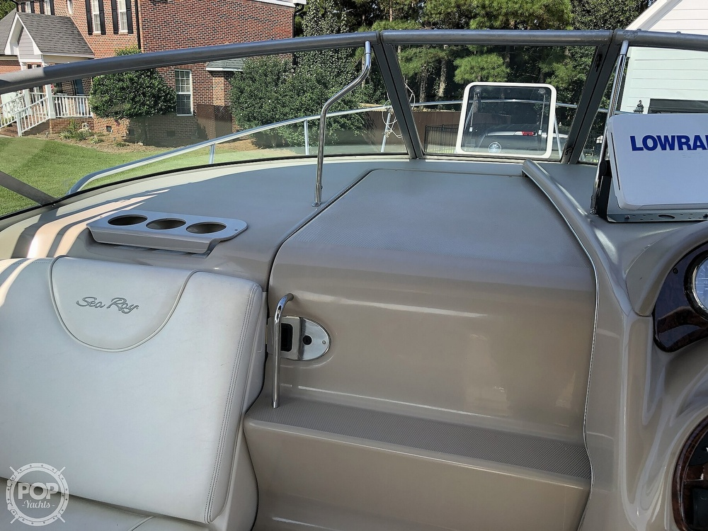 2004 Sea Ray boat for sale, model of the boat is Sundancer 280 & Image # 28 of 40