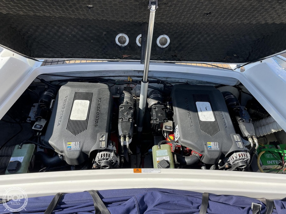 2004 Chris Craft boat for sale, model of the boat is 28 Launch & Image # 13 of 40