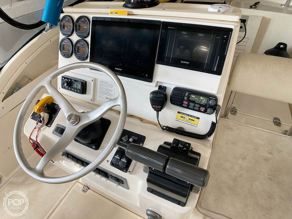 2000 Pursuit boat for sale, model of the boat is 2870 WA & Image # 21 of 40