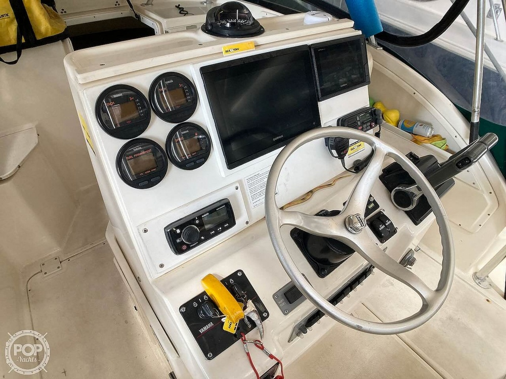2000 Pursuit boat for sale, model of the boat is 2870 WA & Image # 15 of 40